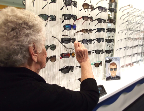 choosing glasses